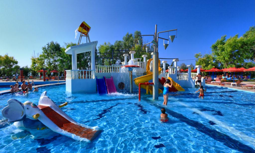Аквапарк Water City, Крит