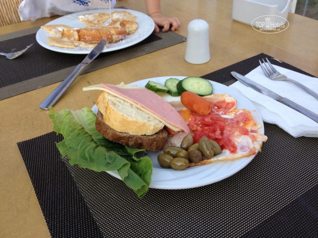 Примерный завтрак в отеле Элунда Бриз Резорт 4*, Крит