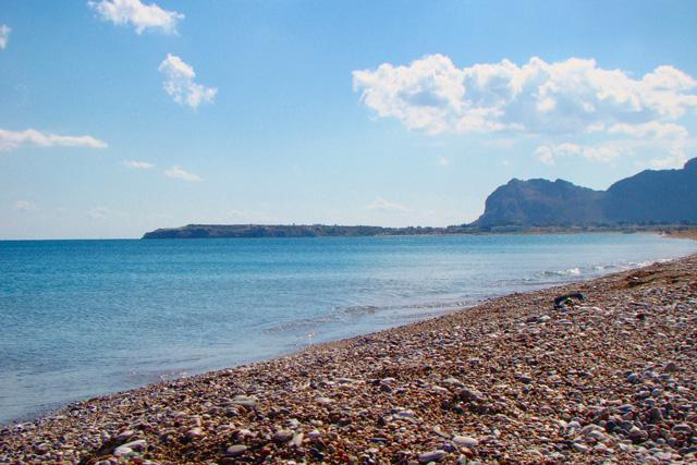 Галечные пляжи Греции