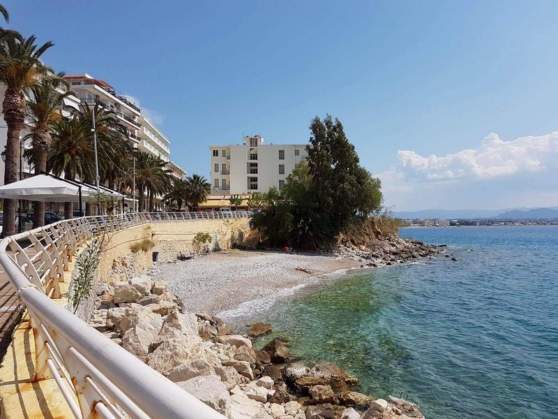 Пляж Лутраки, Греция